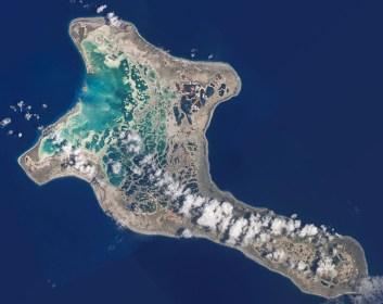 Vista aérea del atolón Kiritimati - NASA en Wikimedia, Dominio público