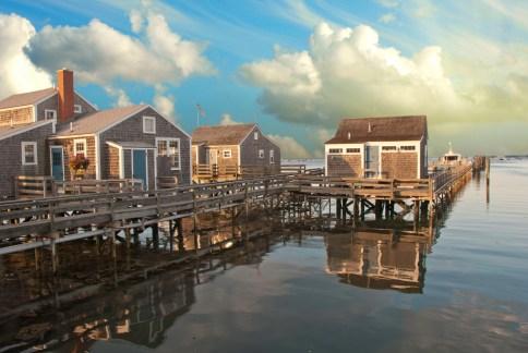 Casas sobre el agua en Nantucket - ©depositphotos.com/jovannig