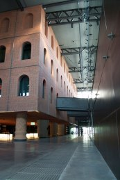 Interior Alhondiga porLuis Villa del Campo(CC BY 2.0)