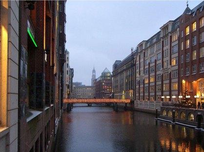 Imagen: Bleichenfleet, uno de los canales en Neustadt por Times (CC BY-SA 3.0), via Wikimedia Commons