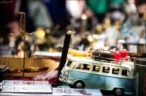 Venta de antigüedades en El Rastro - dr_zoidberg - CC BY S.A 2.0