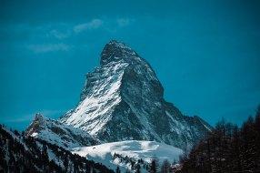 Matterhorn o Monte Corvino en los Alpes Suizos
