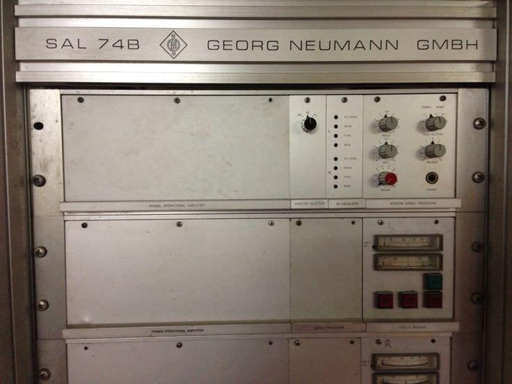 my first LP - a signal -17