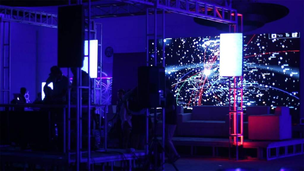 Closing with AV performaces + Glowing Live Mural-9