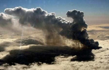 Uitbarsting IJslandse Eyjafjallajökull-vulkaan