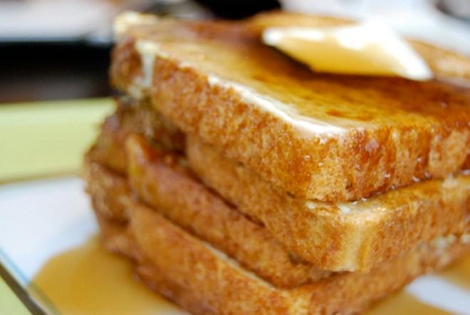 সকালের নাস্তায় ফ্রেঞ্চ টোস্ট (French Toast)