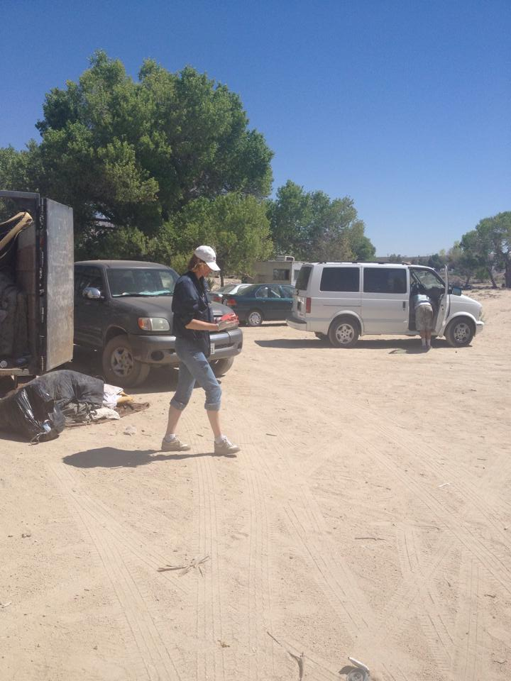 Community Clean Up at the Riverbed