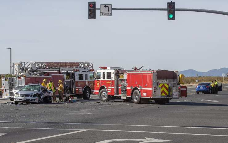 Two drivers were killed in a violent crash at the intersection of US Highway 395 and Luna Road in Victorville. (Hugo C. Valdez, Victor Valley News)