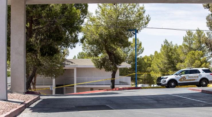 Deputies taped-off a portion of the motel's parking lot. (Hugo C. Valdez, Victor Valley News Group)