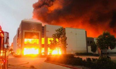 Amazon warehouse fire redlands
