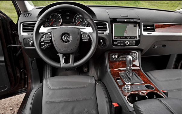 2013 Volkswagen Touareg Interior and Redesign