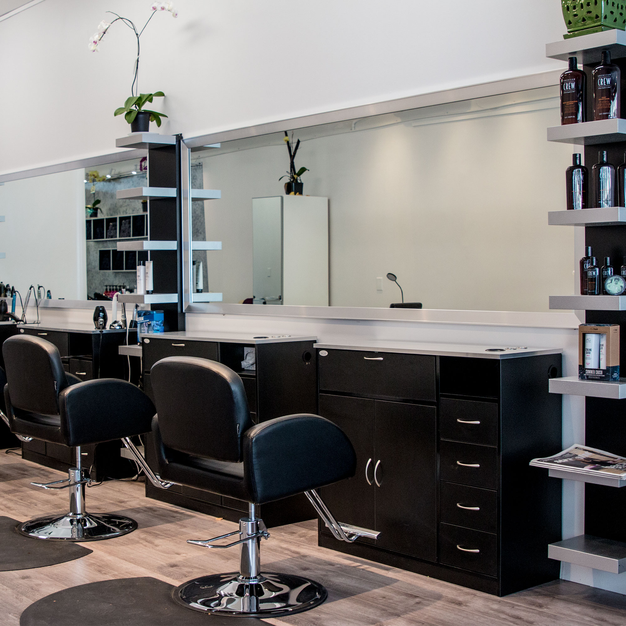 Cosmetologist (commission) -Vancouver BC