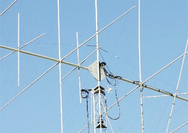 山形市の渡辺電気工事でテレビの映りも解消!