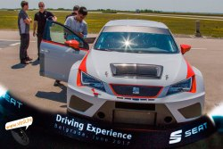 seat driving experience seat leon cup racer bolid tech support
