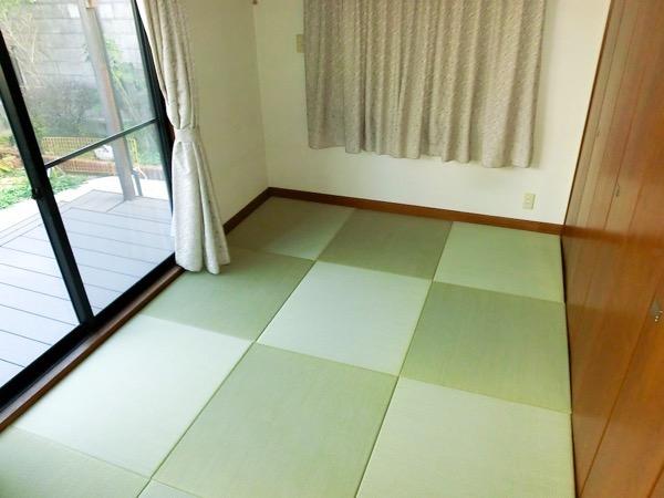 天然イ草の置き畳を敷いたの洋間