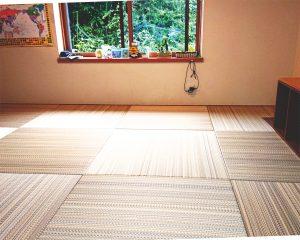 自分で畳を敷き替える低コストなDIY畳。新築時に戻ったようと家族も大喜び!