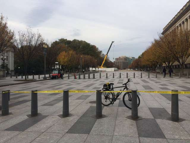 Closed Pennsylvania Ave Plaza