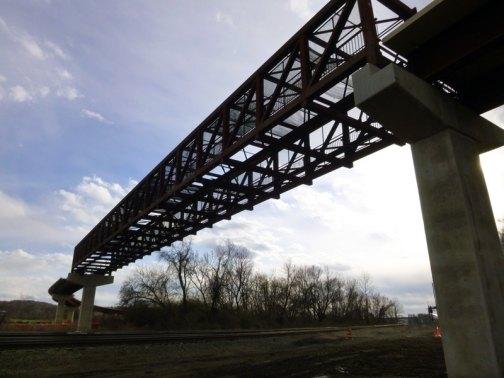 riverwalk-east-bridge-web