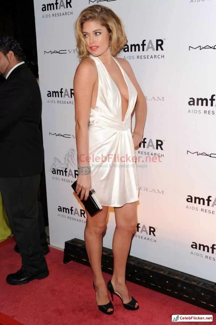 Doutzen Kroes Pictures in Awesome White Dress -06