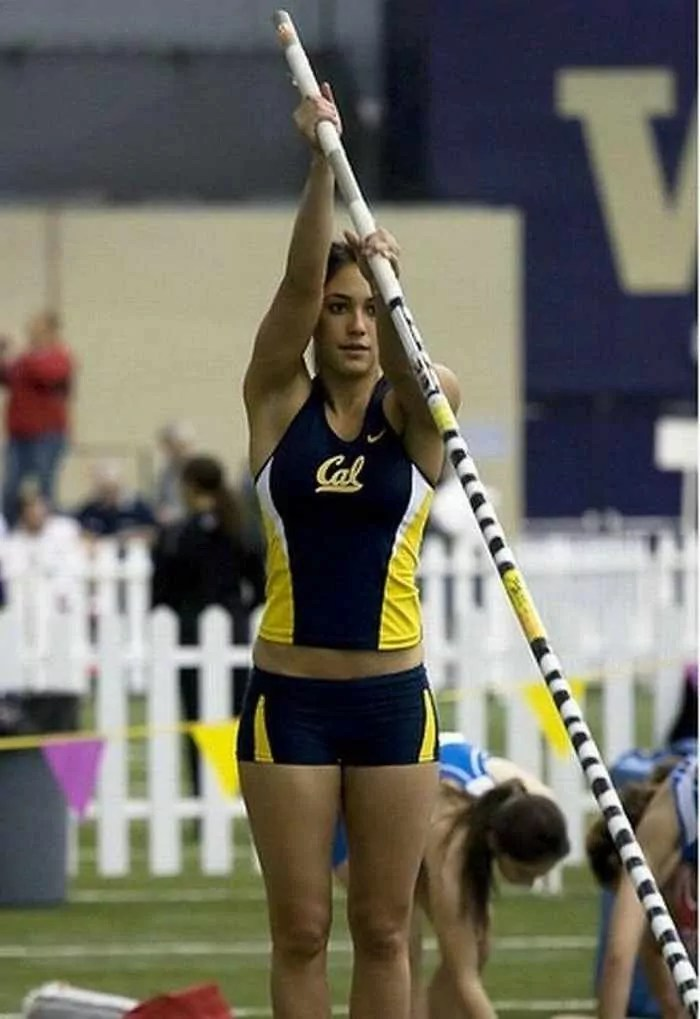 Hot Allison Stokke In Action - 18 Photos