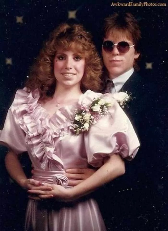50 Ridiculous 80's Prom Photos That Will Make You Laugh -27