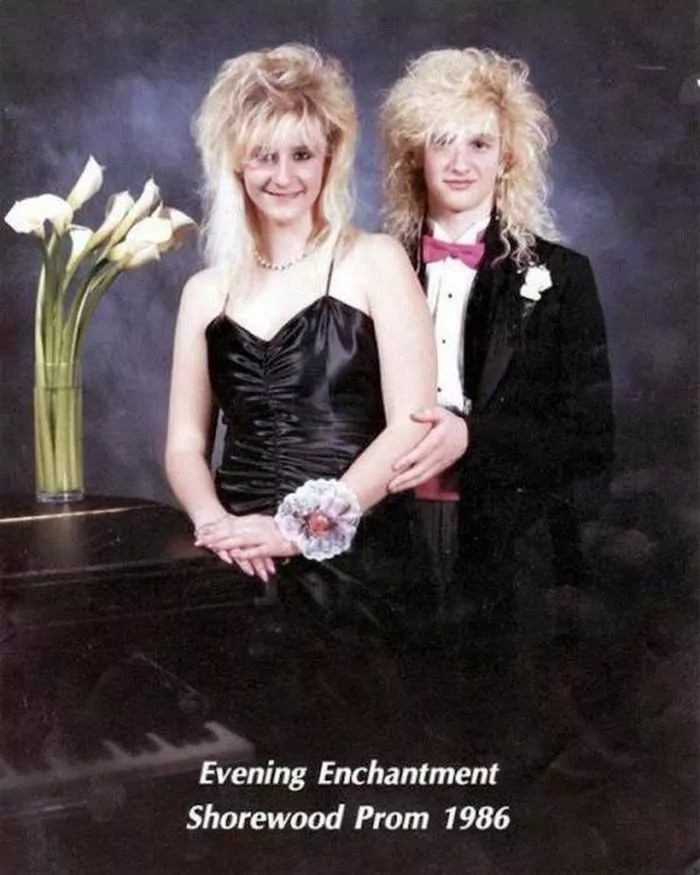50 Ridiculous 80's Prom Photos That Will Make You Laugh -33