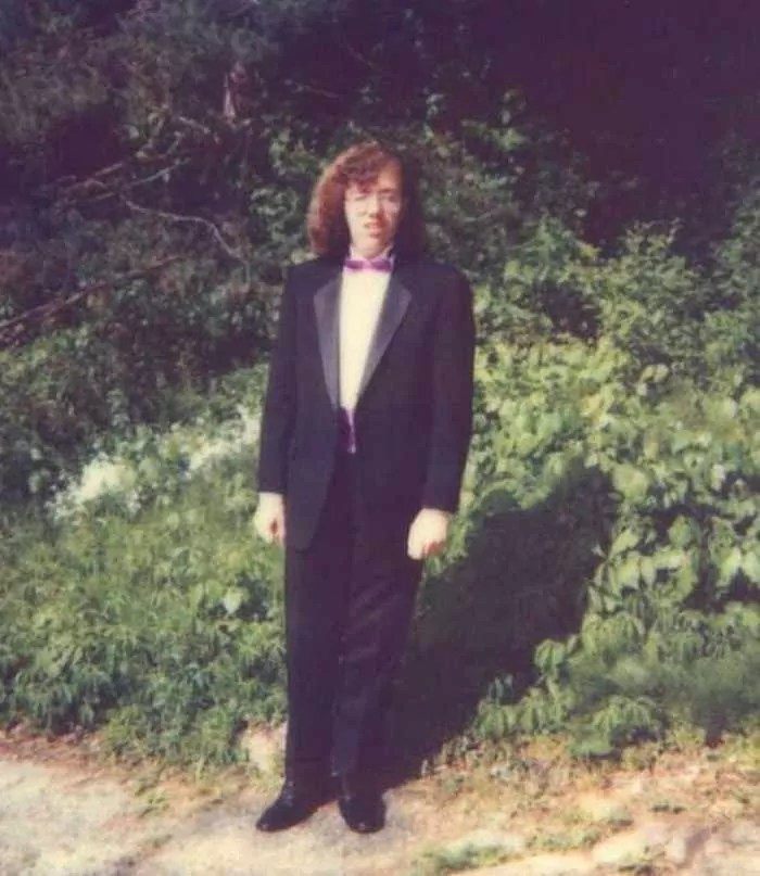 50 Ridiculous 80's Prom Photos That Will Make You Laugh -44