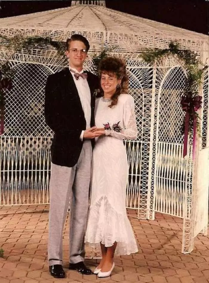 50 Ridiculous 80's Prom Photos That Will Make You Laugh -49