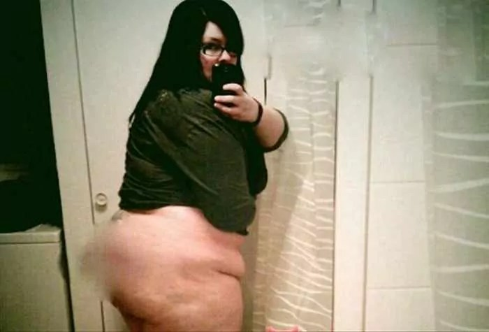 25 Ridiculous Selfies Gone Wrong - The Worst Selfies Ever-02