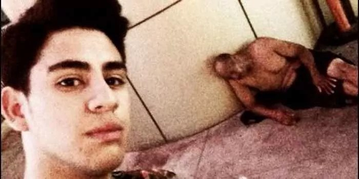 25 Ridiculous Selfies Gone Wrong - The Worst Selfies Ever-24