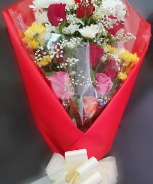 handbouquet, presentation,onlineflowerdelivery, redroses,pinkroses,wrap