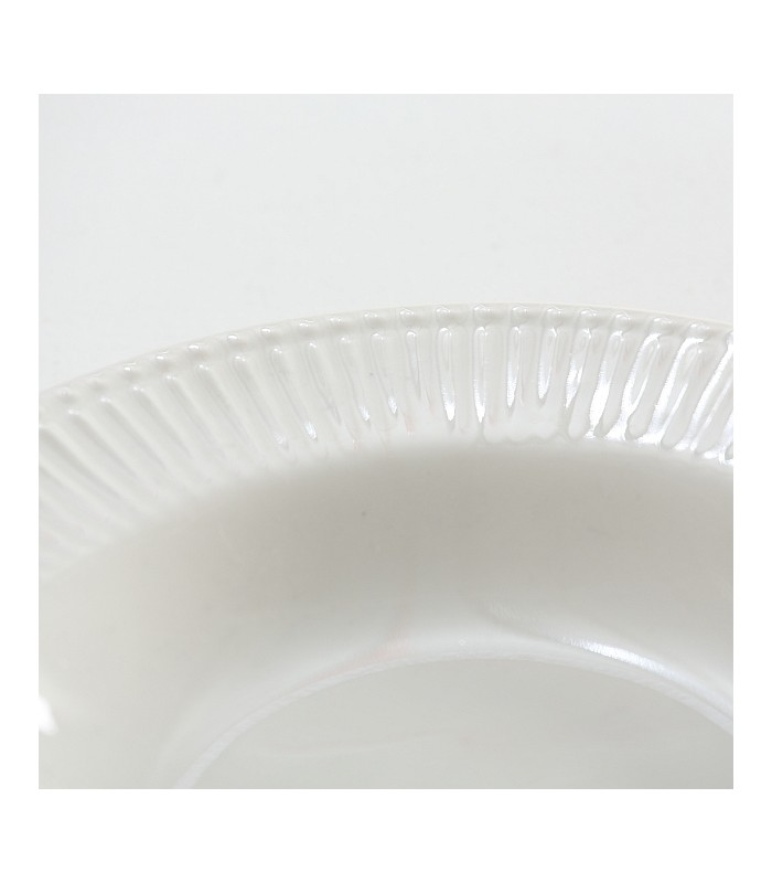 assiette creuse en porcelaine blanche