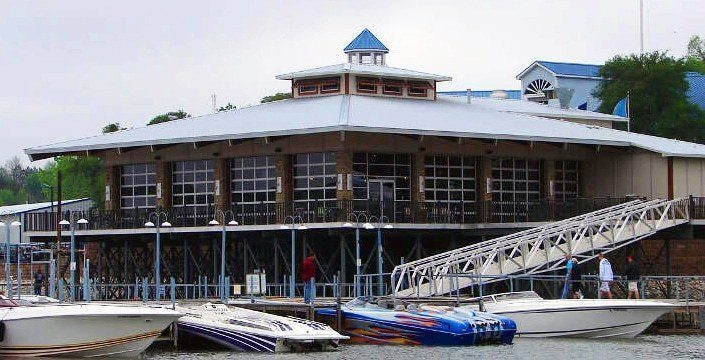 highport floating marina construction with aluminum gangway from wahoo docks