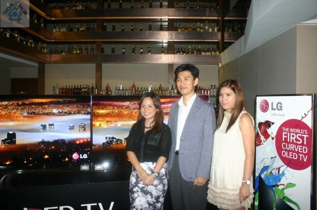 LG Curved OLED TV 20