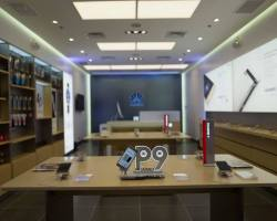 Huawei opens a New Concept Store in SM City San Lazaro featuring a new design.
