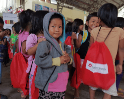 MoneyGram visit Banaue, Ifugao to bring School in a Box for the kids.