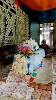 Intern photo traditional funeral Kun Ma