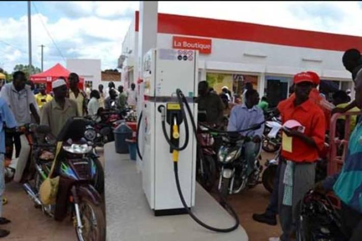 """Résultat de recherche d'images pour """"Burkina : le prix du carburant baisse à la pompe"""""""