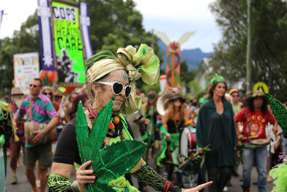 It's Mardis Grass So It Must Be Time For The Cops To Raid . The Nimbin Hemp Embassy