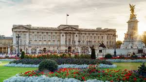 Homeland Actor Once Hid Large Block Of Hash Near Buckingham Palace & Other Buck House Weed Stories