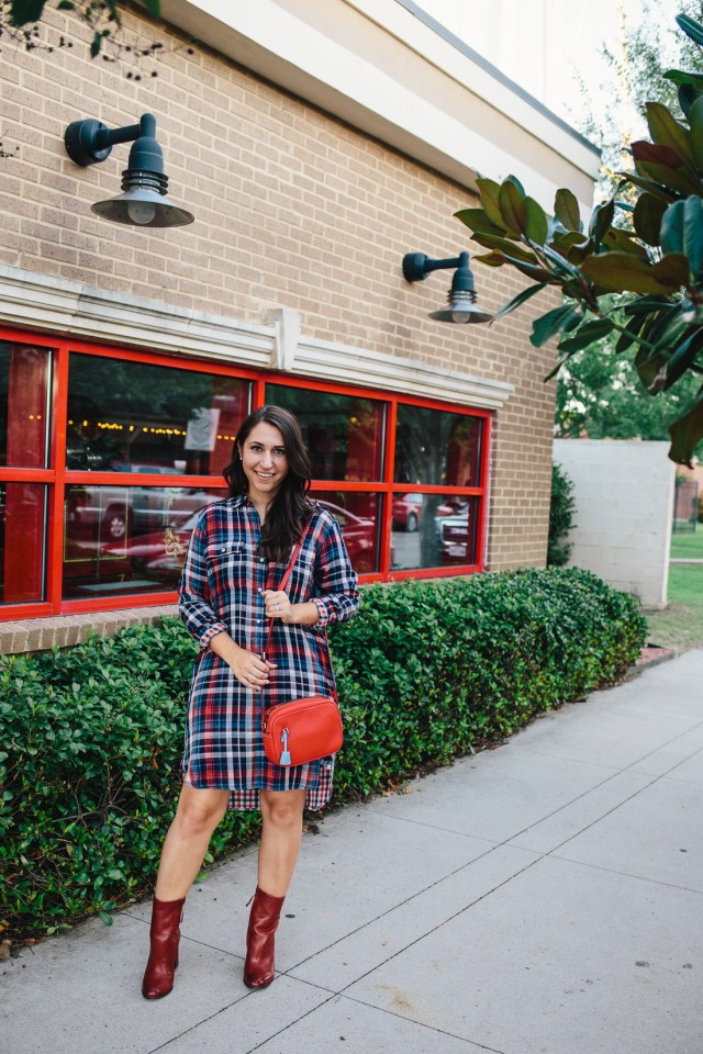 Falling for Plaid on Waketon Road Blog wearing Gap plaid shirt dress and J.Crew Signet bag
