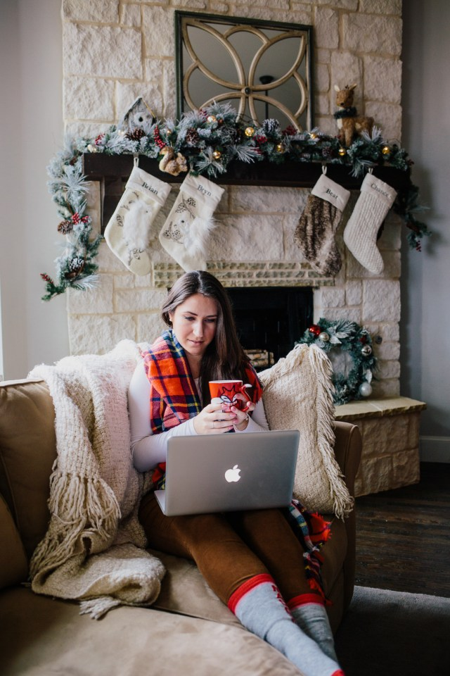Cozy Gifting with Gap Inc. for Cyber Monday on Waketon Road