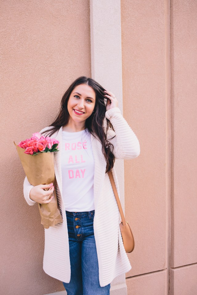 The Truth About Blogging - Waketon Road wearing Old Navy graphic tee