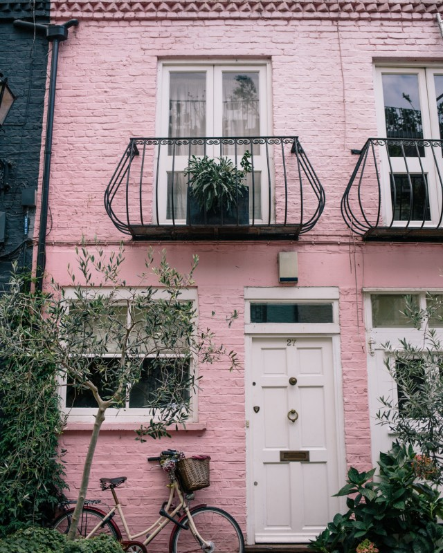 Instagrammer's Guide to Notting Hill on Waketon Road Blog