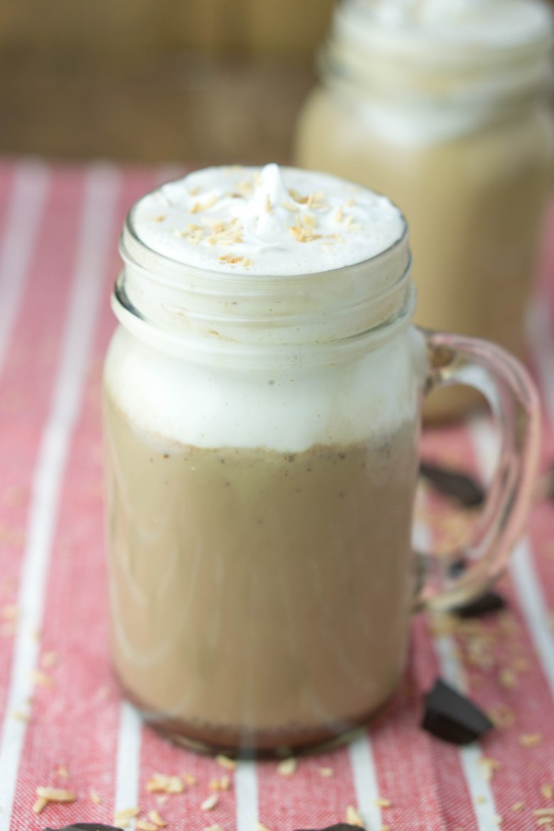 HEALTHY Coconut Mocha | #VEGAN #sugarfree #coconut #mocha #healthy #recipe | www.wakeuptowaffles.com