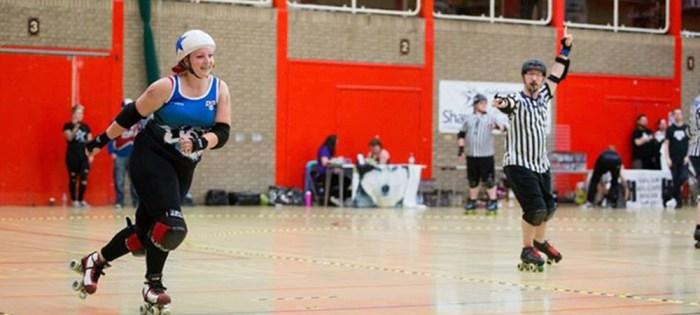 Roller Derby Jammer in action