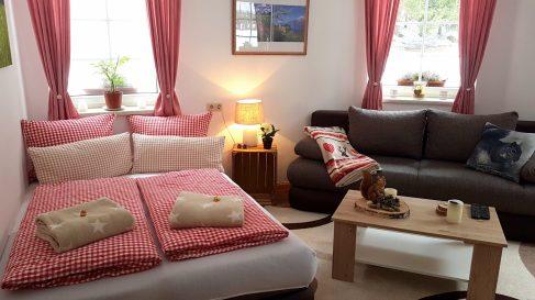 Sofa 140x200 cm Wohnzimmer Ferienwohnung Wald Kobel