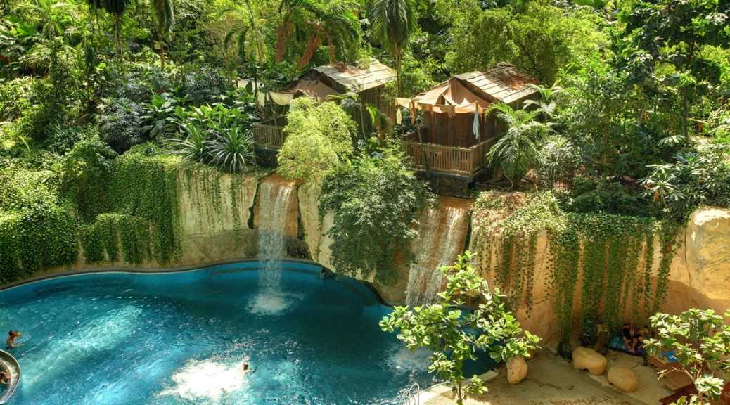 Wasserfall-Lodge im Tropical Islands Preise