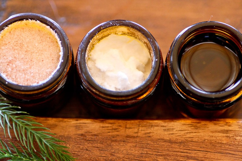How to make your own natural dentistry products