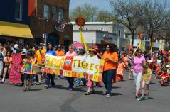 Parade tigers